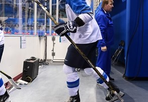 GANGNEUNG, SOUTH KOREA - FEBRUARY 15: Finland's Mira Jalosuo #7 walks to the ice before taking on Olympic Athletes from Russia during preliminary round action at the PyeongChang 2018 Olympic Winter Games. (Photo by Matt Zambonin/HHOF-IIHF Images)