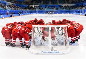 GANGNEUNG, SOUTH KOREA - FEBRUARY 21: Team Olympic Athletes from Russia huddles before taking on Team Finland during bronze medal round action at the PyeongChang 2018 Olympic Winter Games. (Photo by Matt Zambonin/HHOF-IIHF Images)