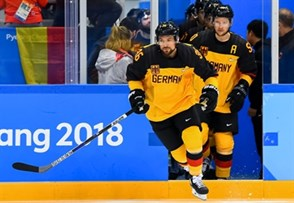 GANGNEUNG, SOUTH KOREA - FEBRUARY 25: Germany's Yannic Seidenberg #36 takes to the ice before facing off against Team Olympic Athletes from Russia during gold medal round action at the PyeongChang 2018 Olympic Winter Games. (Photo by Matt Zambonin/HHOF-IIHF Images)