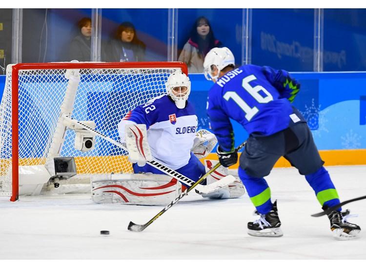 http://pyeongchang2018.iihf.hockey/media/1981669/ZA8_2157.jpg?height=550&width=750